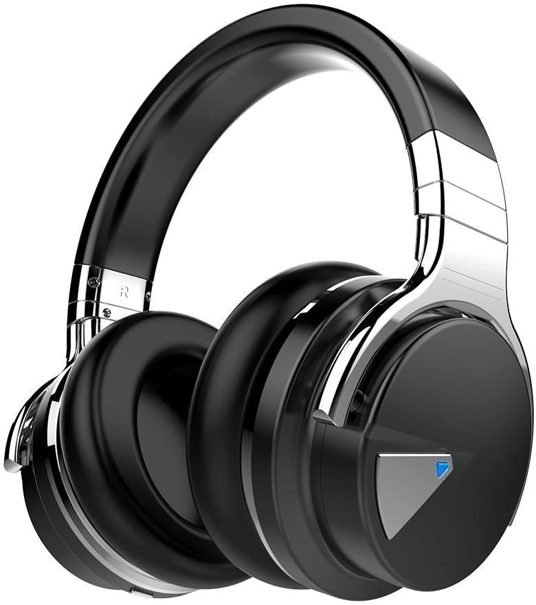 noise canceling headphones gift for someone who loves to travel